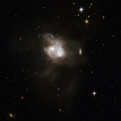 Hubble Interacting Galaxy NGC 5256 (2008-04-24).jpg