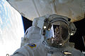 ISS-33 American EVA 08 Akihiko Hoshide.jpg