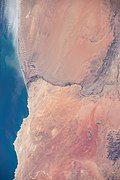 ISS-62 Orange River, Namibia and South Africa.jpg