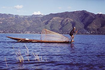 English: Fisherman on the Inle Lake, Burma - M...
