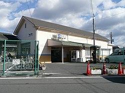 JR Momoyama Station.jpg