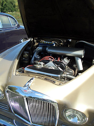 Jaguar XK6 engine - 4.2-litre XK in a Jaguar 420