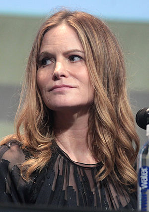 Jennifer Jason Leigh - Leigh at the 2015 San Diego Comic-Con International promoting The Hateful Eight