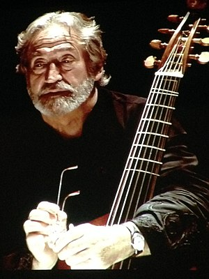 Jordi Savall -  Savall's discography includes more than 100 recordings. Originally recording with EMI Classics, and then from 1975 on Michel Bernstein's Astrée label, since 1998 he has recorded on his own label, Alia Vox.