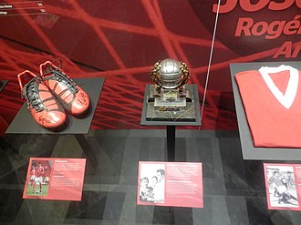 Óscar Cardozo - Cardozo's boots at the Museu Benfica