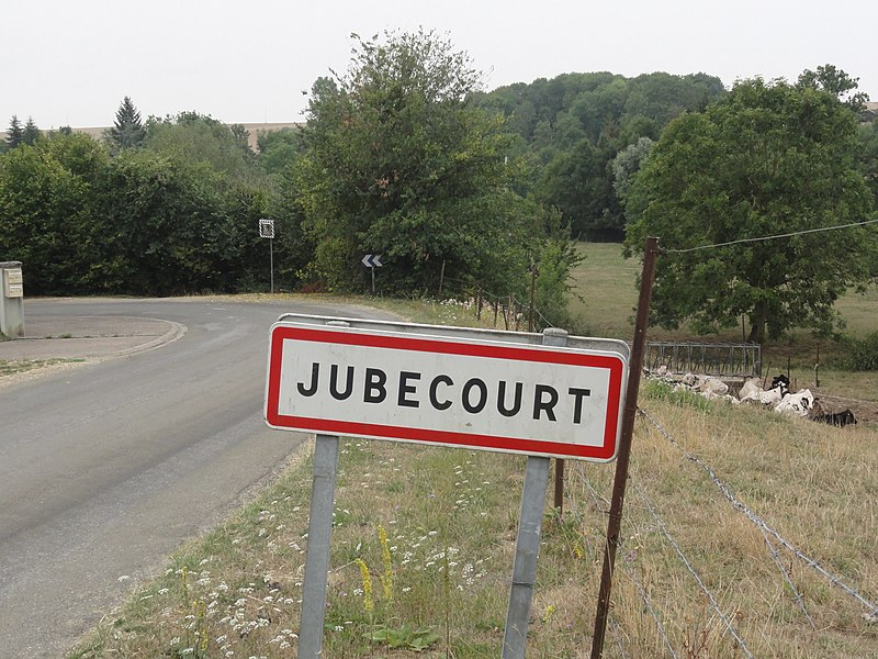 Jubécourt (Clermont-en-Argonne, Meuse) city limit sign