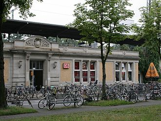 Köln West station - Station building