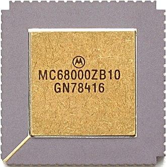 Motorola 68000 - Motorola MC68000 (CLCC package)