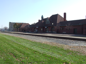 Kalamazoo transportation center train station 2006.png