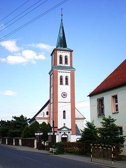 Kamiennik - kościół parafialny.JPG