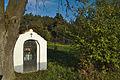 Kaplička u silnice mezi obcemi Myslejovice a Kobylničky, okres Prostějov.jpg