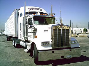 English: Kenworth near Sears Boyle Heights , L...