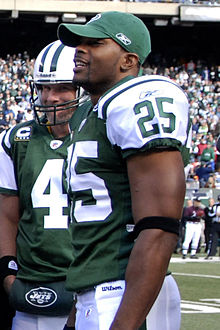 Kerry Rhodes 2008 (cropped).jpg