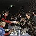 Kerstviering Koninklijke Familie en personeel 1977, Bestanddeelnr 254-9932.jpg