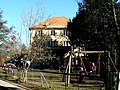 Kindergarten - panoramio - Mayer Richard.jpg