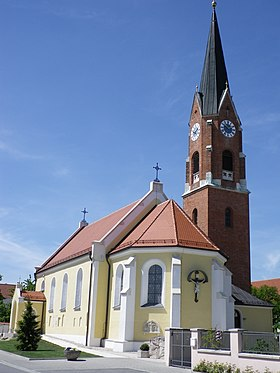 Kirche in Theißing.JPG