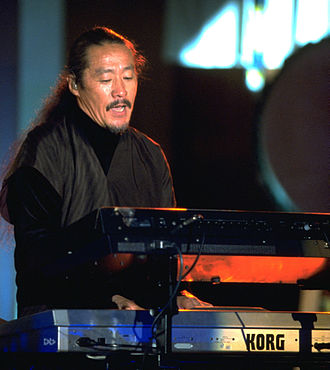 Kitarō - Kitaro playing live in the early 1990s