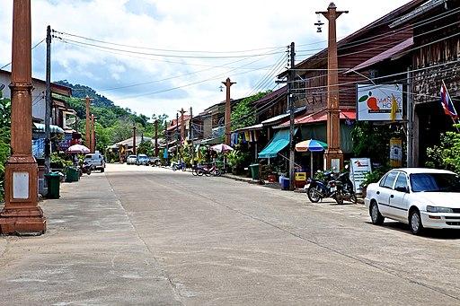 Ko Lanta, Old Town - panoramio (1)