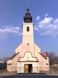 Kostol Povýšenia sv. kríža Zbehy (1).jpg