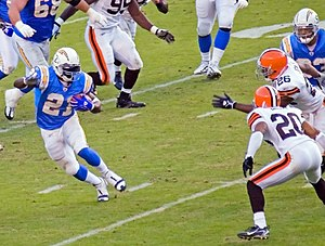 Associated Press NFL Offensive Player of the Year Award - Image: La Dainian Tomlinson vs Cleveland (cropped)