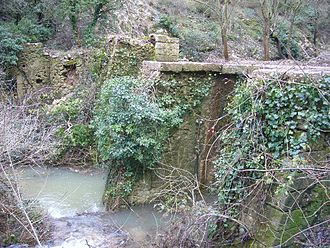 Rognes, Bouches-du-Rhône - The dam of the ruined mill of Rossignol, in Rognes