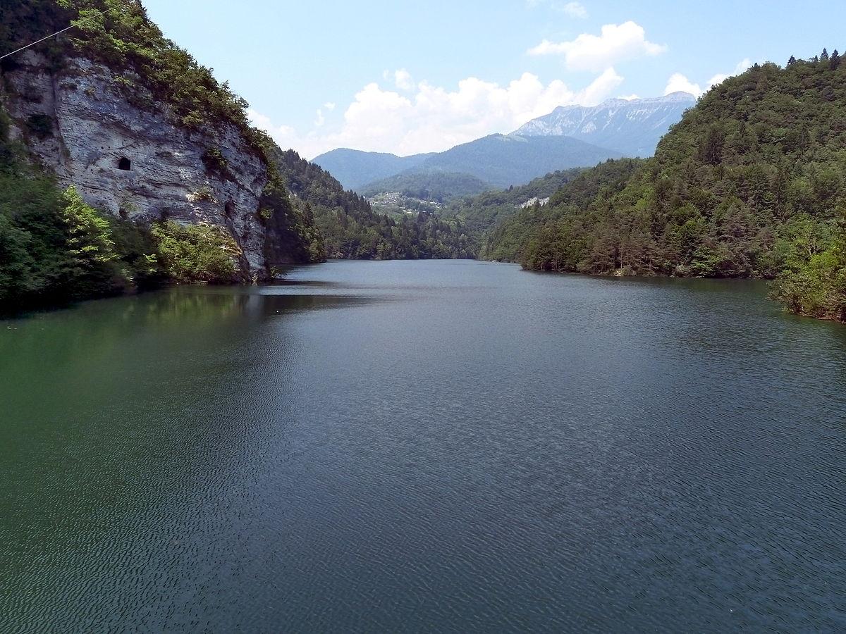 Lago del senaiga wikipedia for Lago n