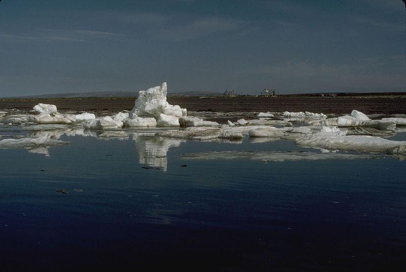 File:Late Spring Ocean Ice (8429843175).jpg