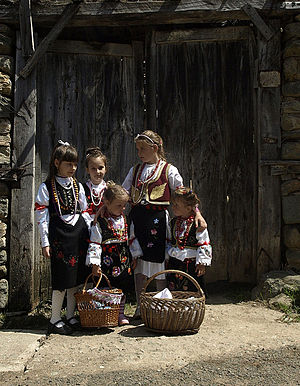 Kosovo Serbs - Girls from Štrpce in Serbian traditional costumes
