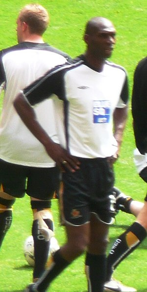 Leo Fortune-West - Fortune-West warming up for Cambridge United before the 2008 Conference Premier play-off Final