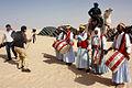Les diplomates découvrent le charme du Sahara tunisien (5588546581).jpg
