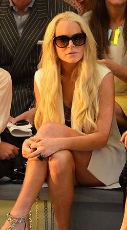 Lindsay Lohan at Cynthia Rowley.jpg