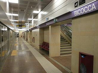 Bicocca (Milan Metro) - Image: Linea M5 lilla Milano stazione bicocca 01