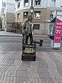 Living statue barcelona 3.jpg