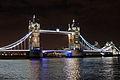 London 12 2002 Tower Bridge 5161 zoom in.jpg