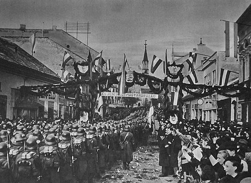 Local population welcomes Hungarian troops in Losonc (Lucenec) Lucenec 10th november 1938.jpg