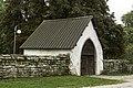 Lychgate na igrexa de Väskinde 02.jpg