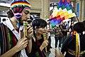 Música del altiplano en la estación de trenes de Constitución (15667022841).jpg