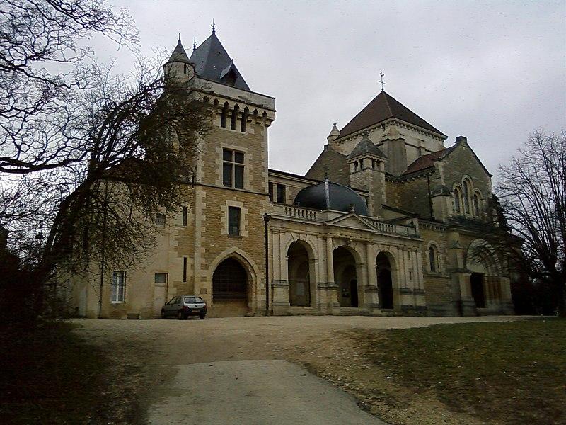 File maison st bernard wikimedia commons for Maison fontaine les dijon