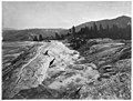Mammoth Hot Springs (29471621846).jpg