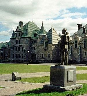 Les Voltigeurs de Québec - Image: Manège Militaire, Quebec City, Les Voltigeurs de Québec crop
