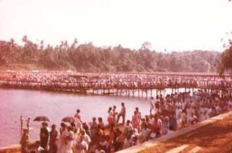 Maramon Convention - A view of the Convention Nagar, people returning after a session in 1994.