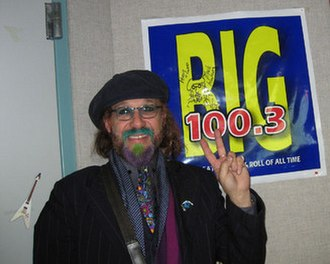 Mark Hudson (musician) - Hudson visiting Washington, DC area classic hits radio station, BIG 100.3