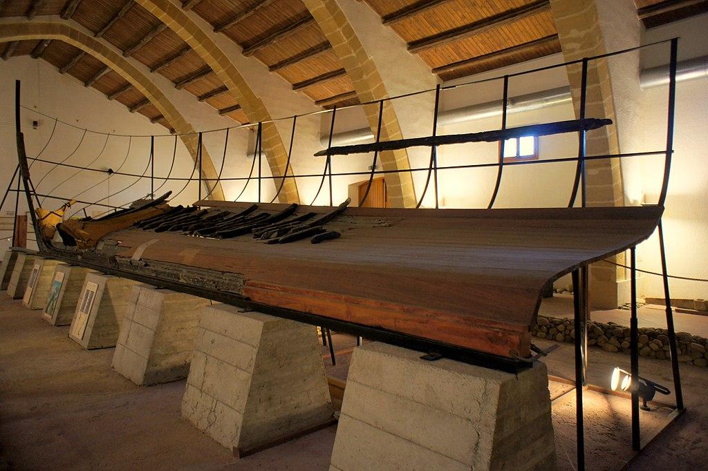 Nave Punica conservata al Museo Baglio Anselmi di Marsala