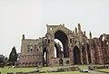 Melrose Abbey 2000-3-Nave.jpg