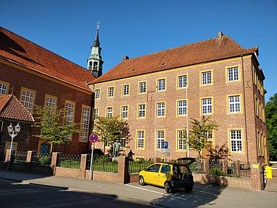 Meppen Windthorst Gymnasium Residenz.jpg