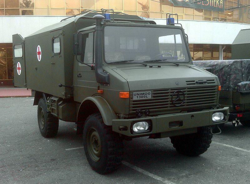 File:Mercedes Unimog Ukraine.jpg