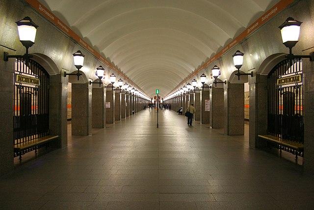 Станция «Невский проспект» открыта для пассажиров