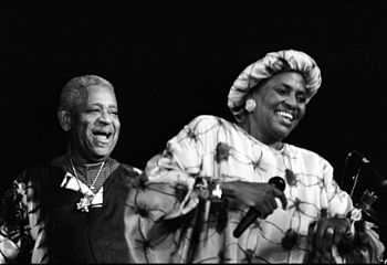 English: Miriam Makeba and Dizzy Gillespie in ...