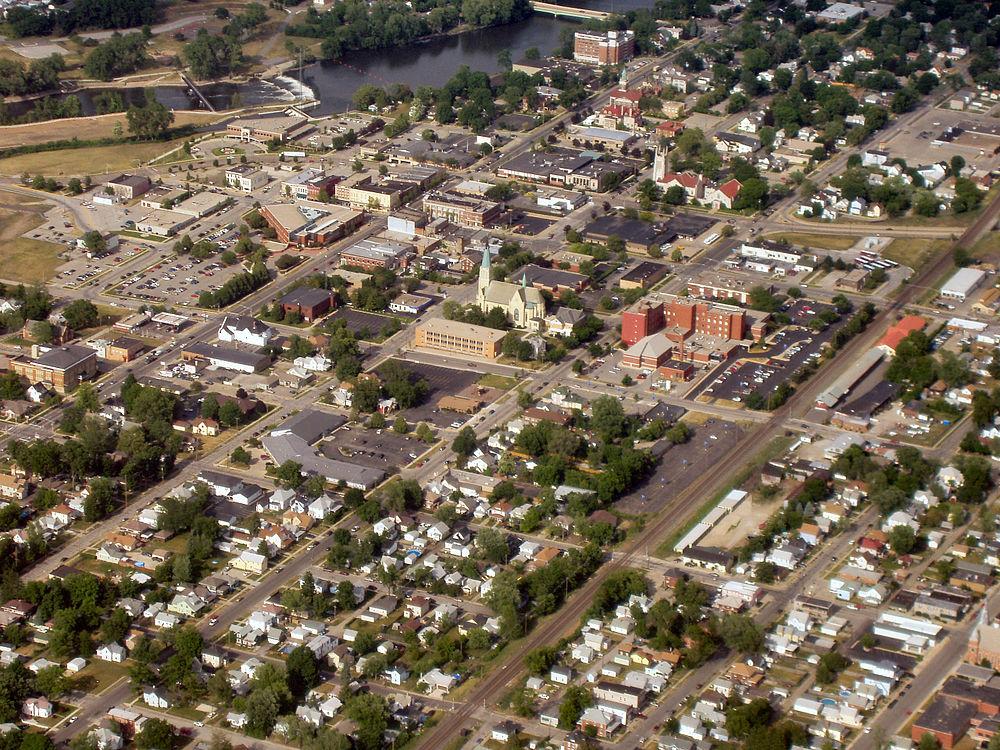 The population density of Mishawaka in Indiana is 1035.9 people per square kilometer (2683.65 / sq mi)