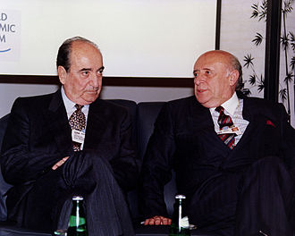 Foreign relations of Turkey - Prime Minister of Greece Konstantinos Mitsotakis (left) and Prime Minister of Turkey Süleyman Demirel in WEF, 1992.